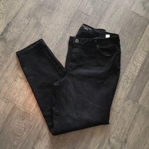 Black Jeans/Jeggings